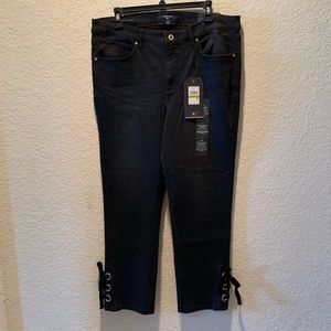"Tommy Hilfiger black  ""Tribeca skinny cropped"" 14"